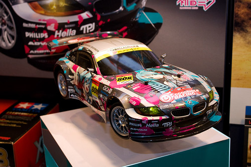 1/10 電動RCカーシリーズNo.442 初音ミク Studie GLAD BMW Z4(TT-01 TYPE-E) 前