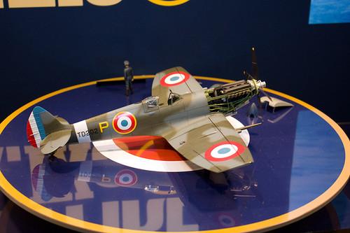 1/32エアークラフトシリーズNo.19 スーパーマリン スピットファイア Mk.IXc 右