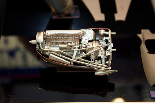 1/32エアークラフトシリーズNo.19 スーパーマリン スピットファイア Mk.IXc エンジン1