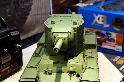 1/16RCタンクシリーズNo.29 ソビエト KV-2 重戦車 ギガント 砲塔前