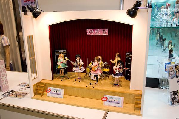 アゾンインターナショナル 桜高祭