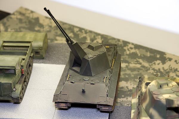 1/35 ドイツ軍 E-50対空戦車 ファルケ 2