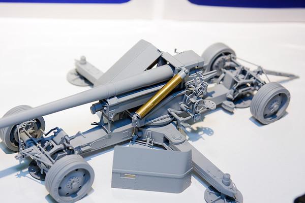 1/35 WWII 独 12.8cm PaK44対戦車砲(クルップ製造型) 3