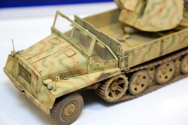 1/35 WWII 独 重国防軍牽引車 sWS 3.7cm Flak43 対空機関砲搭載型(非装甲キャビン型) 3