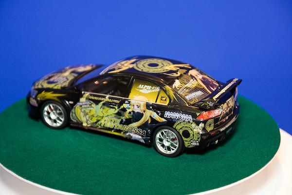 1/24痛車 No.18 魔法少女リリカルなのは The MOVIE 1st フェイト・テスタロッサ ランサーエボリューションX オプション 2