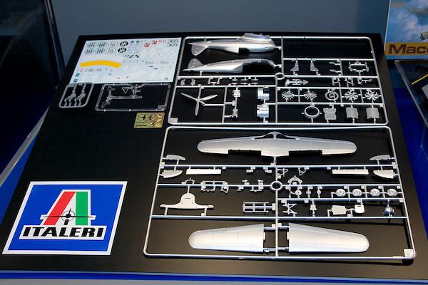 1/48 マッキ MC200 サエッタ パーツ