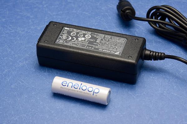 QNAP TS-112 ACアダプタ比較