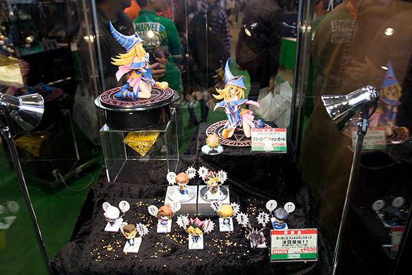 6-05-01 株式会社 壽屋 ブラック・マジシャン・ガール ブース