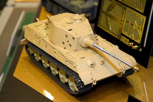 1/35 ドイツ重戦車 キングタイガー(アルデンヌ戦線) 3