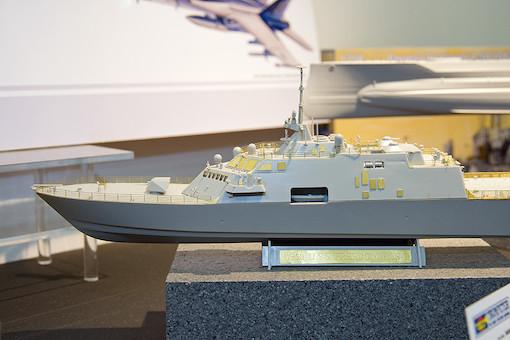 1/350 アメリカ海軍 沿岸域戦闘艦 LCS-1 フリーダム 2
