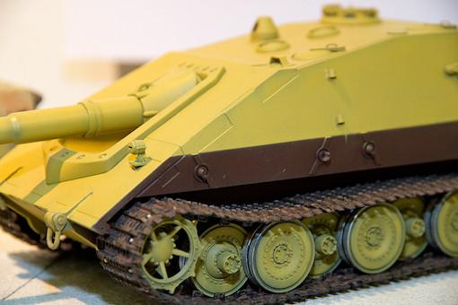 1/35 ドイツ軍 E-100重駆逐戦車 サラマンドル 4