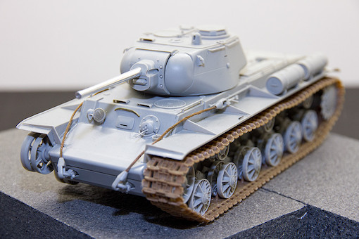 1/35 ソビエト軍 KV-1S 重戦車 1
