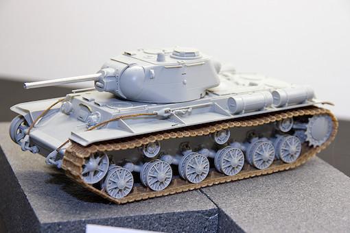 1/35 ソビエト軍 KV-1S 重戦車 2