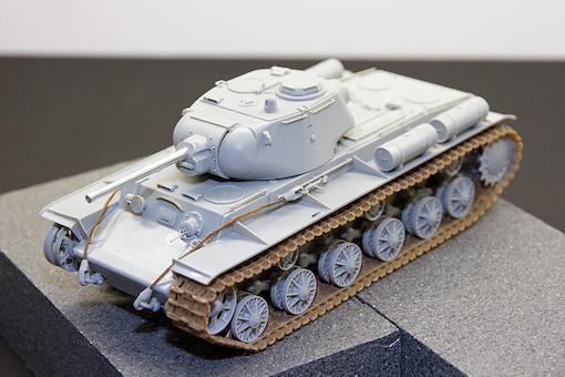 1/35 ソビエト軍 KV-1S 重戦車 3