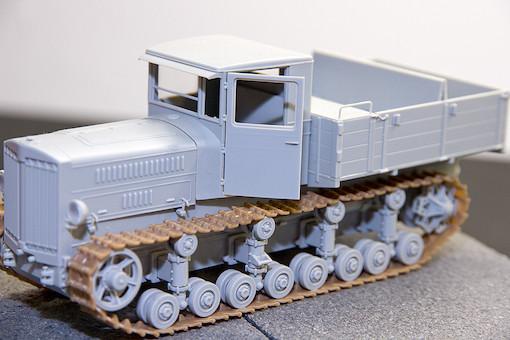 1/35 ソビエト軍 ステーリネッツ S-65 トラクター 3